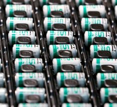 Total s'implante sur les marchés chinois de la batterie et du GNL