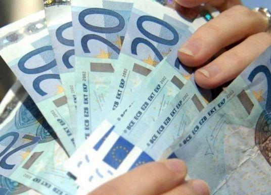 Trafic de cigarettes : comment recouvrer 3 milliards d'euros annuels perdus ?