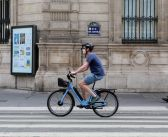 Coronavirus : les masques rendus obligatoires à Paris alors que le nombre de cas s'accélère