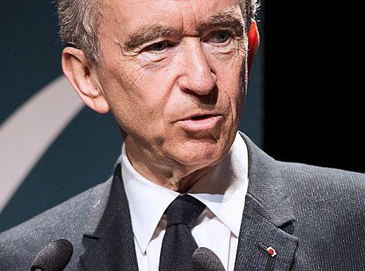 Bernard Arnault monte au capital de Lagardère : le titre s'envole