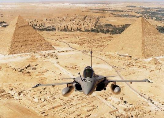 L'Égypte va recevoir 30 avions Rafale